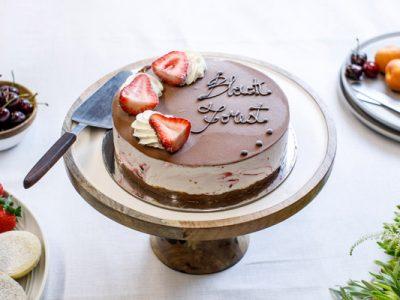 Cakes & Ice Cream