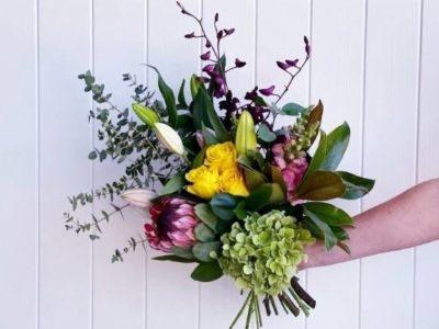 Flowers & Hampers
